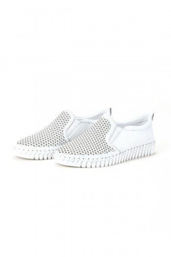 "Shoes ""Air Walk – White"""